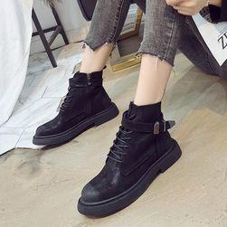 Női cipő Poness