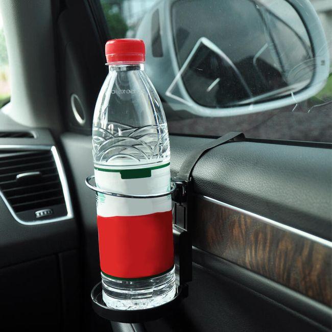 Držák na pití do auta 1