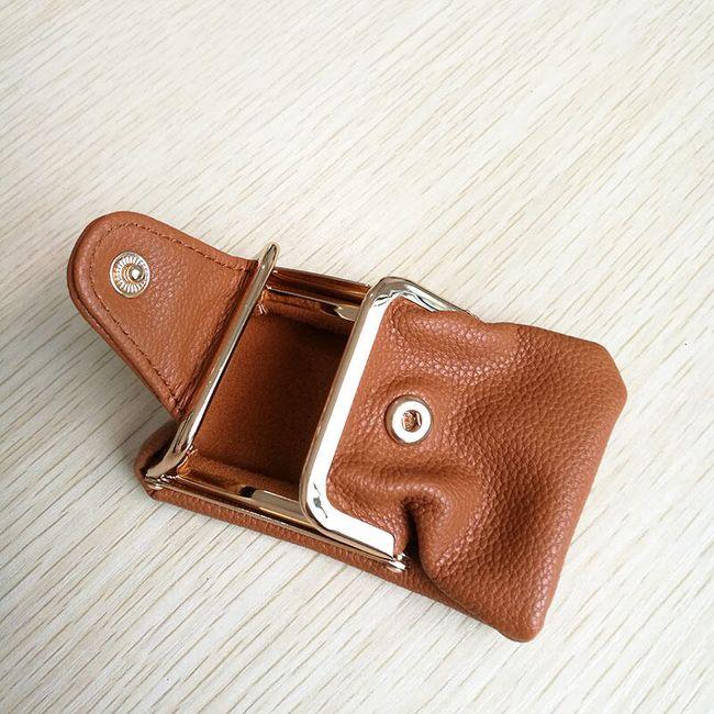 Stylová retro kapsička na peníze v hnědé barvě 1