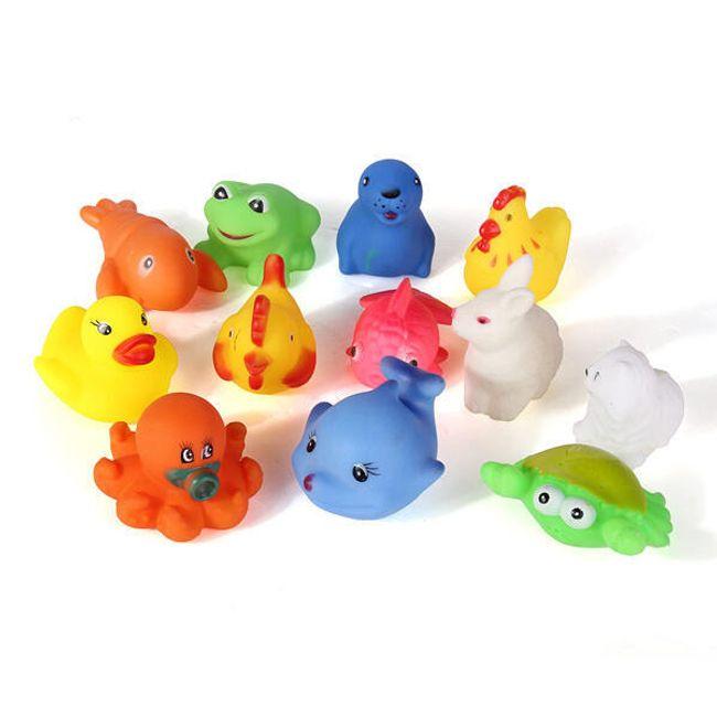 12 kusů gumových hraček do vany 1