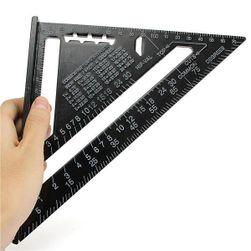 Háromszög DIY vonalzó