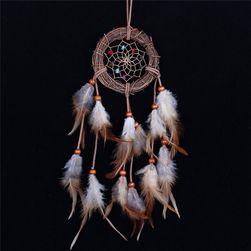 Hvatač snova s perjem i kamenčićima