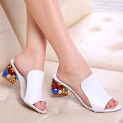 Ženske sandale na potpeticu NU45