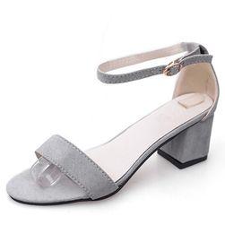 Sandale elegante pentru femei - 4 variante