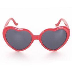 Слънчеви очила в дизайн на сърце - червен цвят