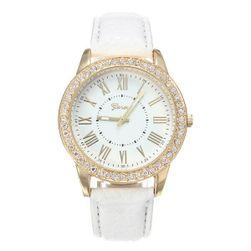 Dámské hodinky s velkým ciferníkem - bílá barva