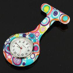 Pomysłowy zegarek kieszonkowy dla pielęgniarek