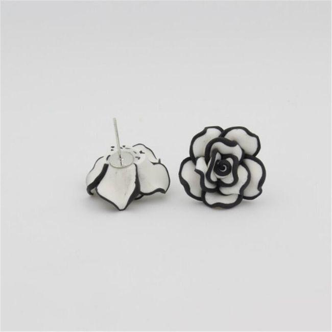 Dámské náušnice ve tvaru růže - 4 barvy 1