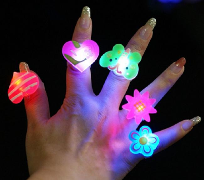 LED pierścionek - 4 kształty 1