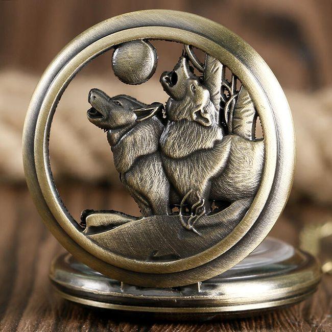 Vintage kapesní hodinky s vlky 1