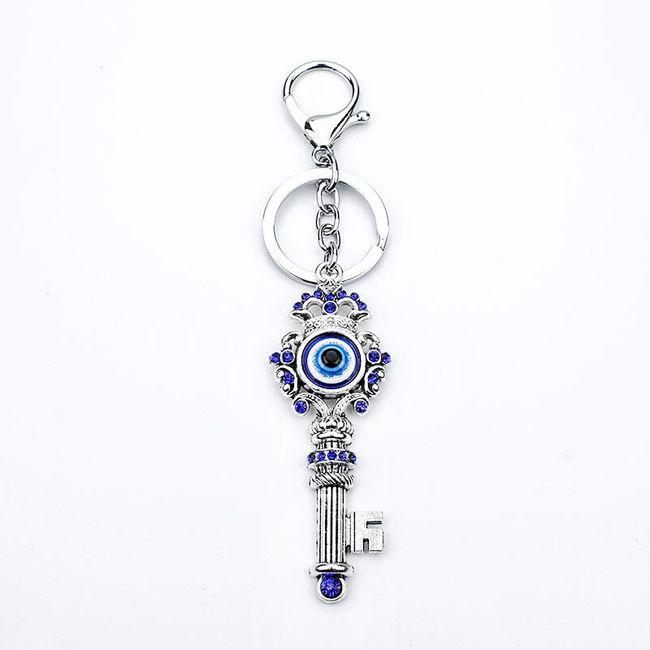 Obesek za ključe srebrne barve 1