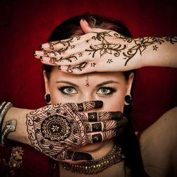 Henna pro tvorbu dočasného tetování