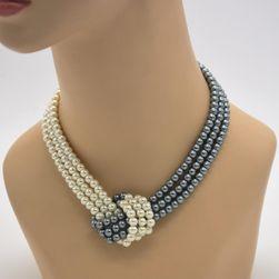 Propletený řetízek z umělých perel