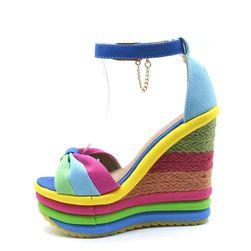 Damskie sandały na koturnie TF7000