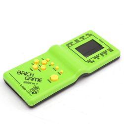 Joc retro cu pupularul tetris