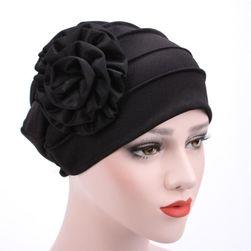 Дамска зимна шапка Caroline