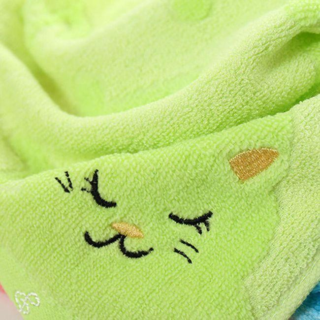 Ručník s roztomilou kočičkou - 4 barvy 1