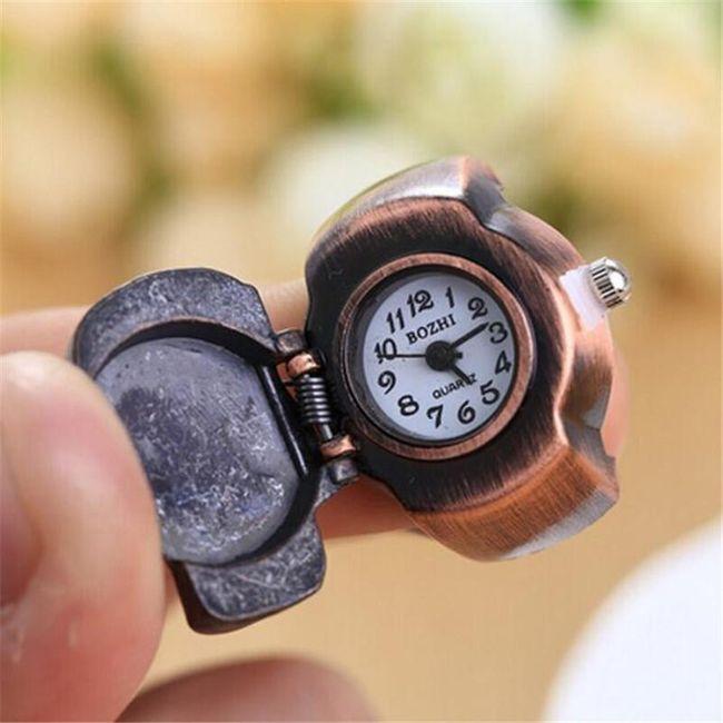 Ura prstan z lobanjo 1
