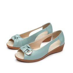 Dámské sandály na klínku Sloane