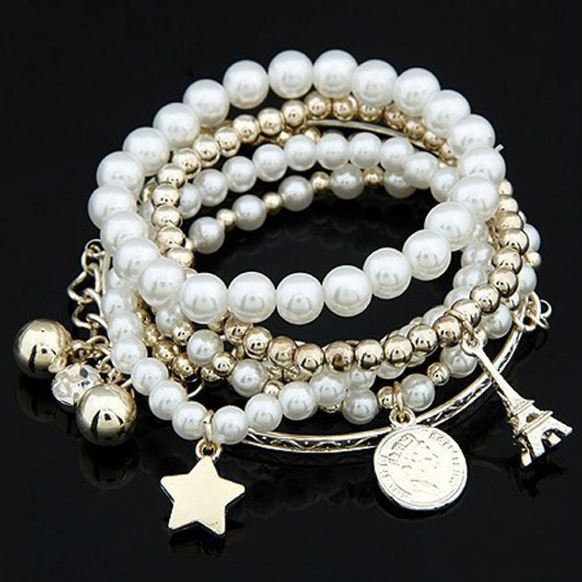 Wielowarstwowa bransoleta z perłami i wisiorkami 1