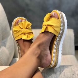 Papuci cu platformă pentru femei TF7250