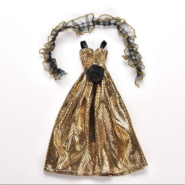 Šaty pro panenku ve zlaté barvě - zvířecí vzory 1