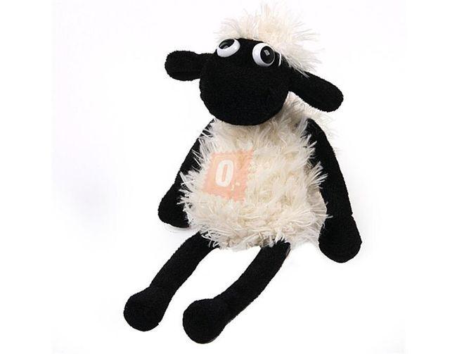 Plyšová hračka v podobě ovečky 1