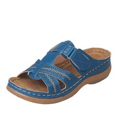 Dámské pantofle na klínku Wera