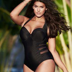 Ženski jednodelni kupaći crne boje