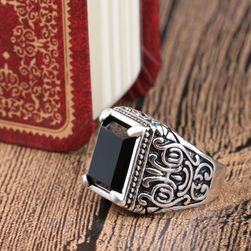 Męski pierścień- czarny kamień