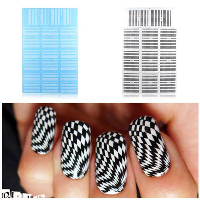 Stickere cu model geometric pentru unghii 1