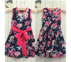 Květované dívčí šaty