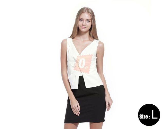 Dámské šaty s hlubokým výstřihem v černobílém provedení, vel. L 1