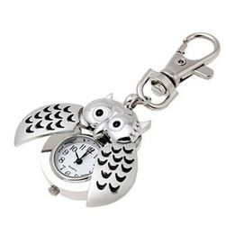 Obesek za ključe - sova z uro
