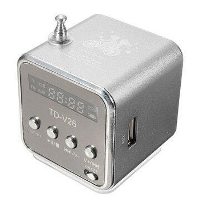 Boxă cu radio FM, slot pentru card și USB 1