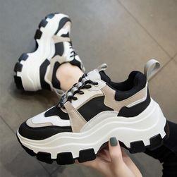 Женские кроссовки Lois