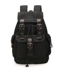 Мужской рюкзак в темных тонах - 3 варианта