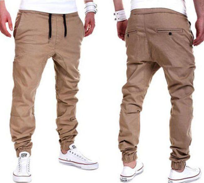 Pantalone-trenerke za muškarce 1