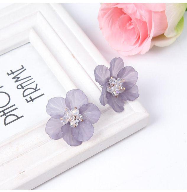 Kolczyki - charakterystyczne kwiaty 1