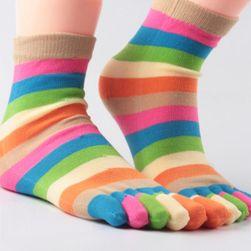 Szivárványos zokni
