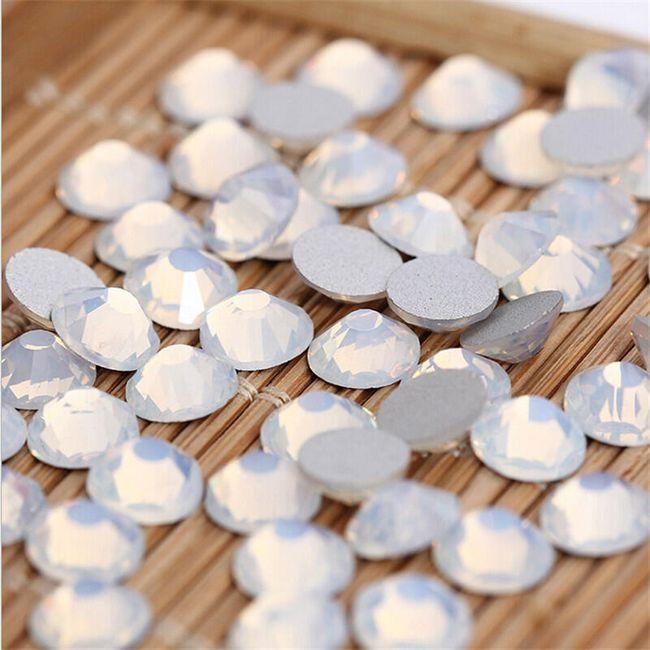 Ozdobné krystalky - 1440 kusů 1