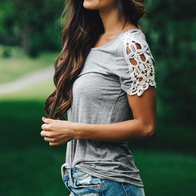 Dámské tričko s krajkovaným detailem na rukávu 1