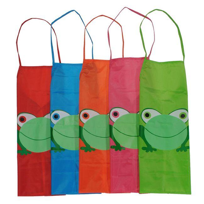Dziecięce fartuszki z żabką w pięciu kolorach 1