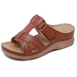 Dámské pantofle na klínku Mellody velikost 38