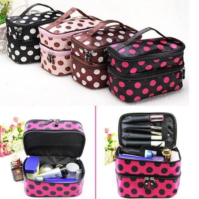 Kozmetička torbica ukrašena tačkicama 1