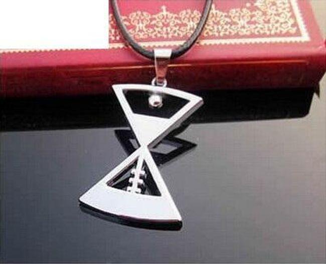Kožený náhrdelník s přívěskem - různé druhy 1