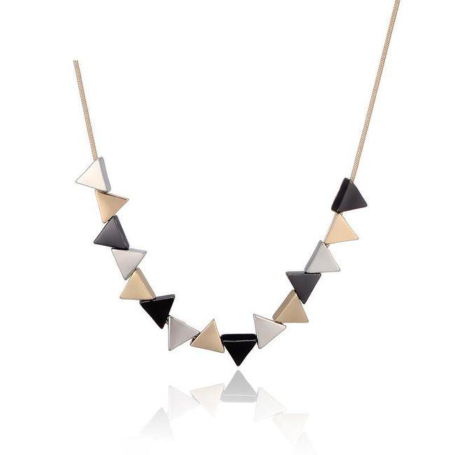 Náhrdelník s barevnými trojúhelníky 1