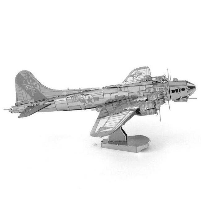 Kovové 3D puzzle - Bombardér B17 1