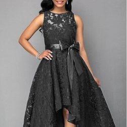 Długa sukienka damska z koronką