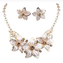 Ogrlica z uhani - rože